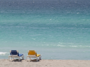 beach-chairs-1397332-m.jpg